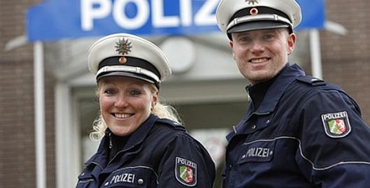 Polizei - Pustekuchen Freund und Helfer