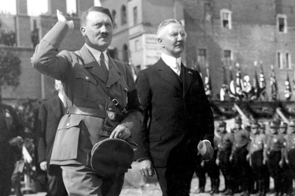 Adolf Hitler, Hjalmar Schacht